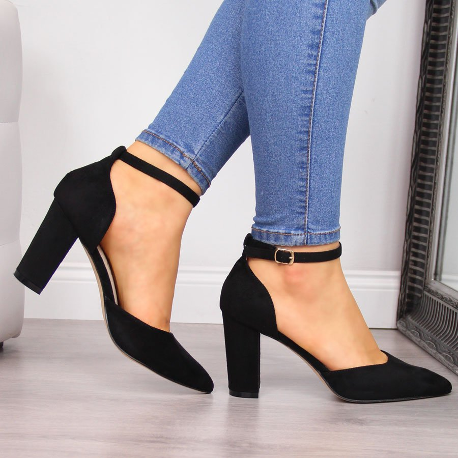 Черные женские сандалии на черном шипе Sabatina