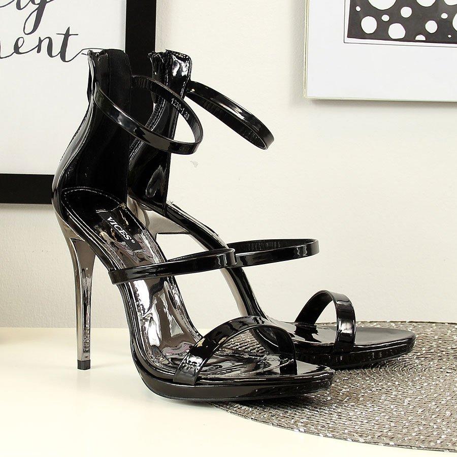 Sandały na szpilce i platformie czarne Vices