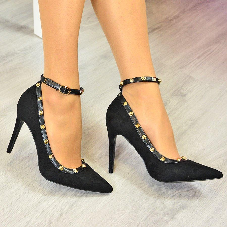 Szpilki i sandały z paskiem – postaw na modny look na wiosnę