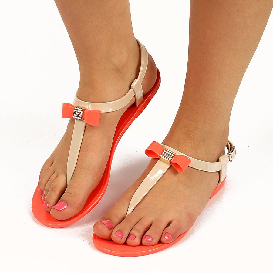 Beżowe sandały japonki z kokardką Vinceza