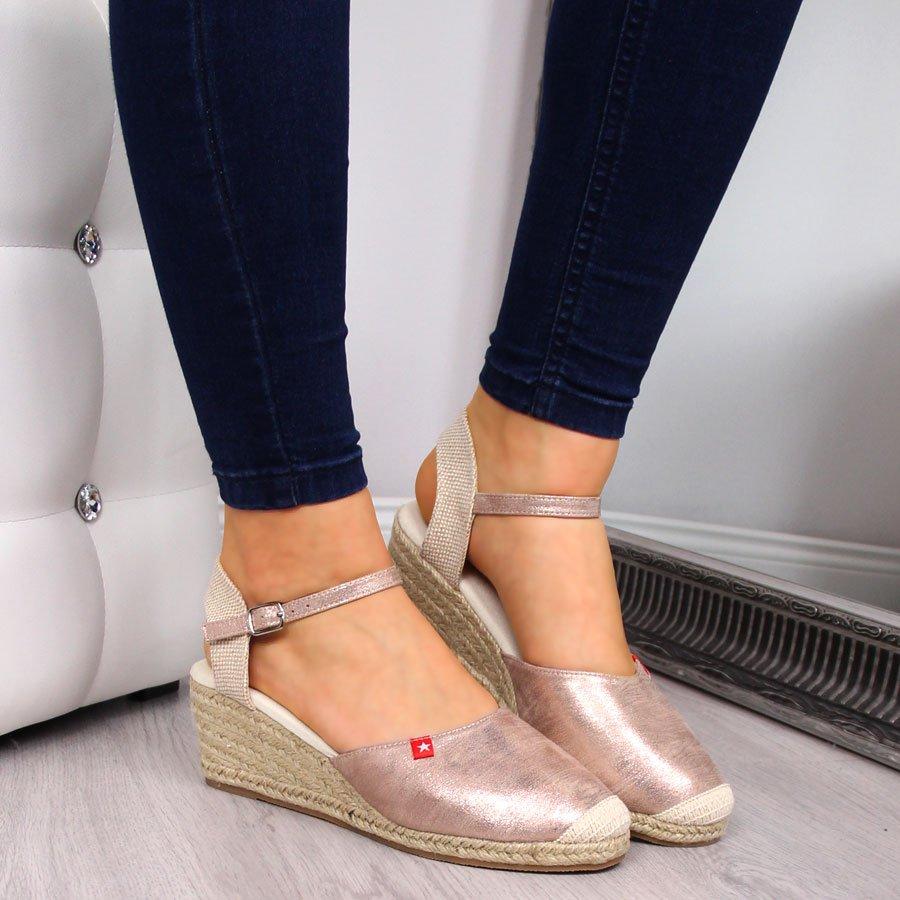 Sandały espadryle na koturnie złote Big Star FF274521